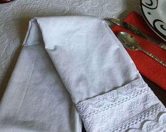 Vintage Cotton Standard Pillow Case/Bedding-White with Eyelet Trim