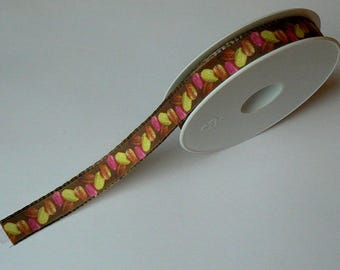 Ribbon macaroons chocolate brown background No. 2 in 15 mm