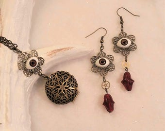 set Red eyes necklace plus earrings