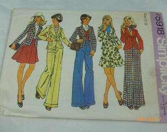 5918 Simplicity Size 11/12 Pattern Young Junior/Teens & Misses Unlined Fitted Jacket Short Skirt Pants Vintage 1973 Uncut