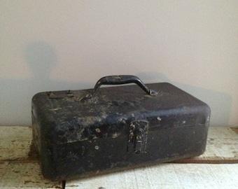 SUMMER SALE Vintage Trotline Tackle Box 1952