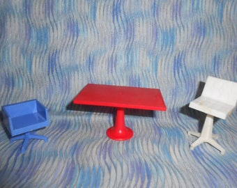 Vintage Doll House Furniture-Swirl Chairs and Table