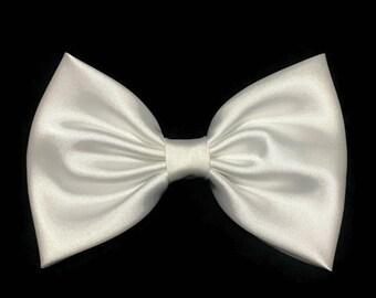 White Hair Bow, Satin Hair Bow Clip, Bows For Women, Kawaii Bows, Communion Bow, Satin Fabric Bow, Lolita, Big Bow, Baby Girl Bow,  ST007