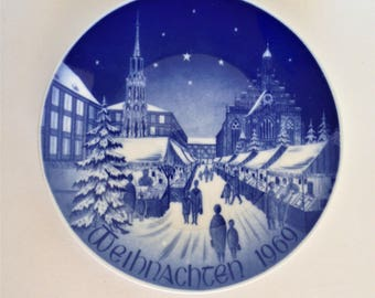 Vintage Bareuther Christmas Plate 1969, Blue and White Collector Plate, Bavarian China, Beautiful Plate Excellent Condition in Box