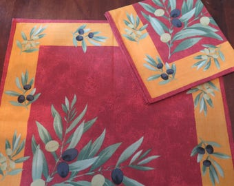 Cotton napkins. House warming gift.Mother's day gift.Set of 1-2-4-6-8-10-12 napkins.Cloth napkins.Olives in terracotta.