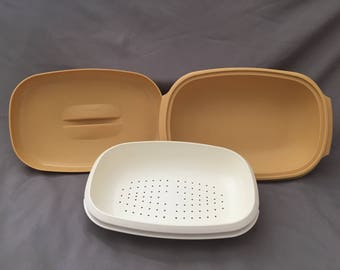 Vintage Tupperware - Microwave Vegetable Steamer/Strainer - Harvest Gold- 1273-4