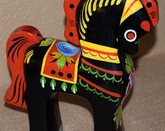 1 Dollar Shipping! Colorful Hand Painted Horse
