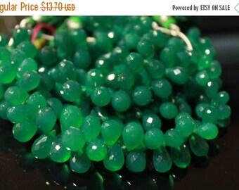 Sale AAA green onyx teardrop gemstone briolette- faceted green onyx tear drop briolette- set of 10 PCs- 8-11mm No.606