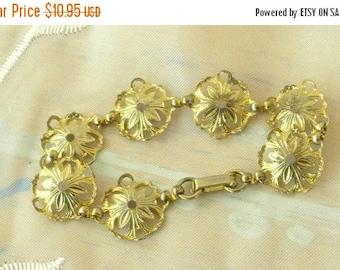 Xmas in July Sale Gold Tone Flower Link Bracelet, Lightweight, Filigree, Vintage Item