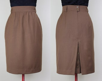 Simple Chic ESCADA Skirt ||| Light Mocha Brown ||| Escada by Margaretha Ley ||| 1980s ||| Size 4