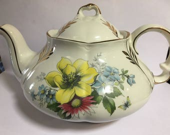 Ellgreave floral teapot, midcentury Woods & Sons, fantastic condition great gift