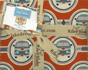 Keep on Groovin' 5 inch squares - Riley Blake Designs (5-5240-42)