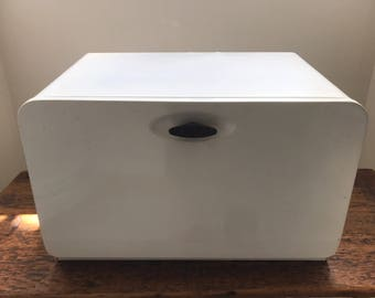 Vintage White Metal Bread Box - EKCO Made in Canada - Bread Storage - Vintage Farmhouse Kitchen