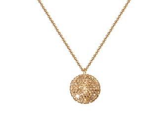 Gold Necklace With Medium Pendant