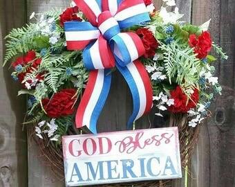 Patriotic wreath, Patriotic wreaths, Floral Grapevine wreath, Patriotic Floral Grapevine wreath, 4th of July wreath, 4th of July wreaths