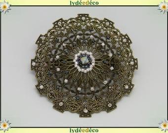 Retro pin vintage lace hearts tones print black white gray brass bronze Japanese Beadweaving