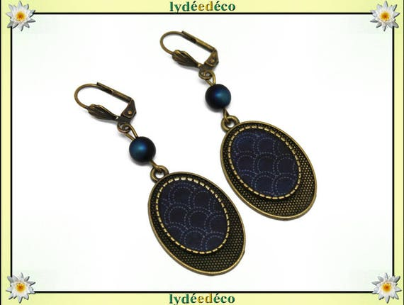 Retro Earrings: Seigaiha waves of the sea Japan white blue resin beads bronze brass glass pendants