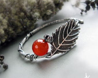 Silver leaf bangle, tree branch bangle, silver twig bangle, rose hip bangle, botanical jewelry, nature leaf bracelet, sterling leaf bangle