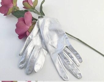 Vintage Silver Glove, Lame Gloves, Silver Gloves, Dress Gloves, Vintage Gloves, 1970s, Metallic Gloves, Shiny Gloves, Formal Gloves