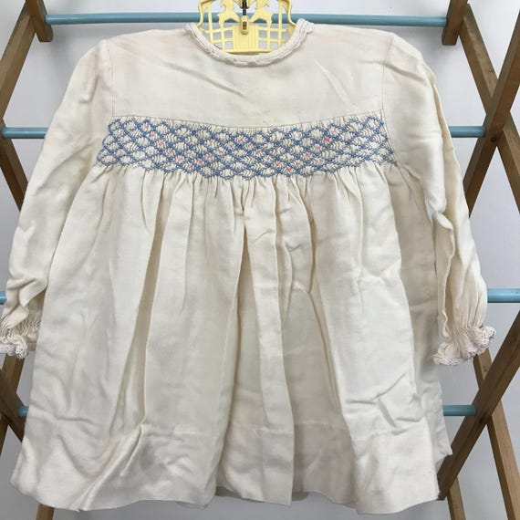baby girls vintage dress white brushed cotton hand smocked 3M 6M baby shower 1950s childrenswear smocking blue vintage long sleeves
