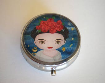 Pill box, Pill case, Frida Kahlo pill box, Pill container, Jewelry box, Mint case, Pills, Frida Kahlo