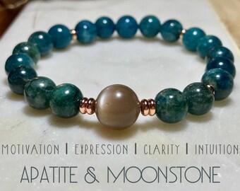 Apatite and Moonstone bracelet. Gemstones. High-quality.