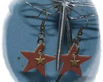 Brown leather star earrings