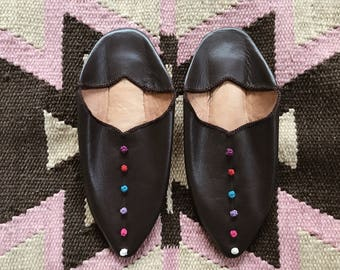 Leather Babouches // Size 6 // Moroccan Slippers // Dark Brown // Leather // Bohemian