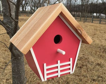Single Compartment Birdhouse