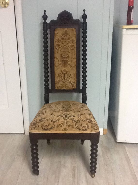 - Antique Edwardian Pitite Chair Wind Face Carving