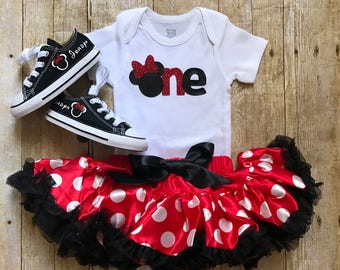 Minnie Mouse Birthday outfit, match your chucks. Birthday girl tutu and onesie Minnie and Mickey Ears.