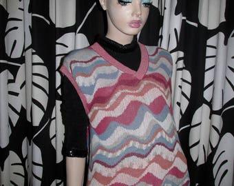 Vintage Missoni sleeveless pullover.Missoni vintage knit.