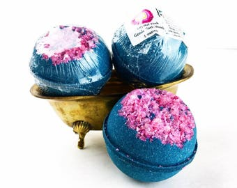 Geode Bath Bomb, Pink Crystal Bathbomb, Crystal Lover, Gemstone BathBomb, Amethyst Gift, Geode Gift, Amethyst Crystal, Quartz Gift, For Mom
