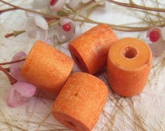 set of 6 wooden cylinder shaped beads