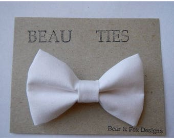 Baby Boy Toddler clip-on bow tie white