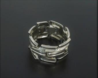 Modern Vintage 1970s Chunky Link Bracelet Costume Silver-Tone Geometric Links Modernist Style Unmarked