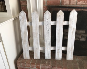 Rustic Fence Decor
