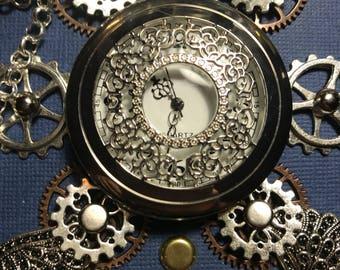 Whirlygig Steampunk journal with clock