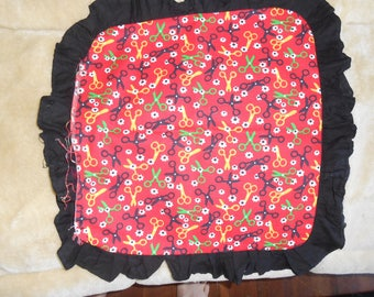 "Red/Black Pillow Cover w/Scissors Pattern - 15""x16"""