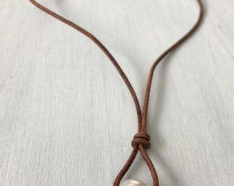 Leather pearl necklace, single pearl necklace, minimalist, leather and pearl, leather necklace, choker necklace