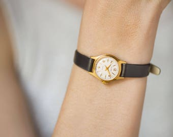 Gold plated women watch Glory. Classical small lady wristwatch. Minimalist watch for women. Shockproof watch for girl. Premium leather strap
