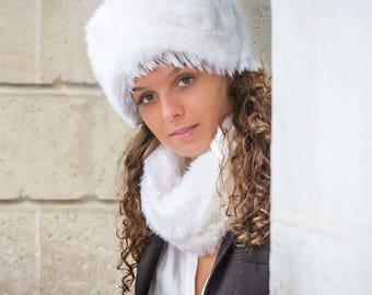 Snow White neck faux fur