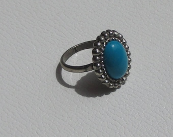 Vintage Turquoise Colored Oval shaped Adjustable Metal Ring