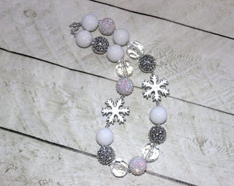 Snowflake Christmas chunky bubblegum necklace Winter beaded necklace with silver white rhinestone and pearl beads Birthday girl necklace