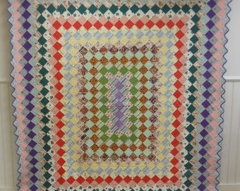 Vintage, All American Boston Commons Quilt!   From Kansas.  Wonderful Fabrics. Excellent Condition.