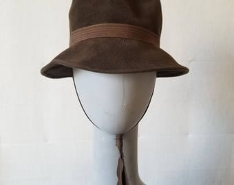 Vintage 1970s Brown Wool Felt Hat With chin strap