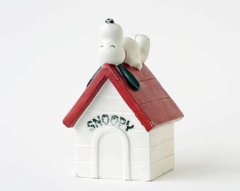 1970 Snoopy bank