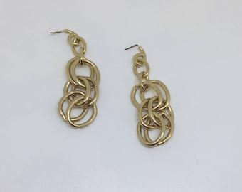 Vintage Gold Tone Chain Link Drop Earrings