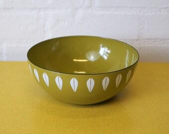 Cathrineholm enamel lotus bowl in olive green