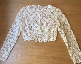 Vintage 80s Cream Lace Long Sleeve Crop Top with Buttons / Bridal